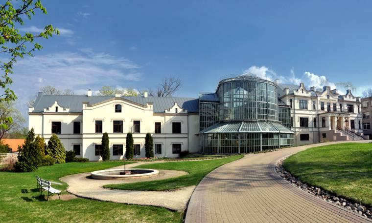 Grafų Tiškevičių rezidencija Kretingoje