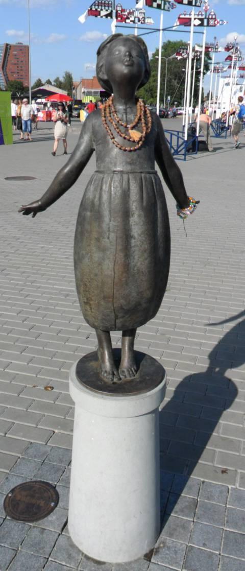 """Skulptūra """"Bučinys"""""""