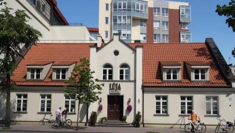 Pirmoji viešoji Klaipėdos miesto biblioteka