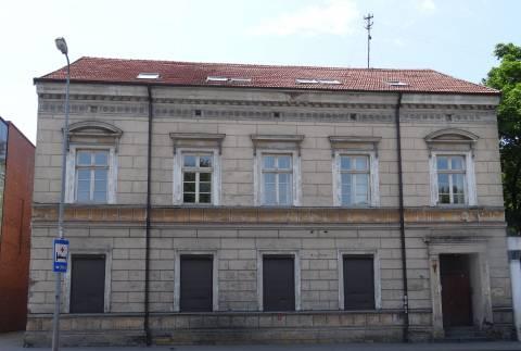 Здание ул. Геркаус Манто 37