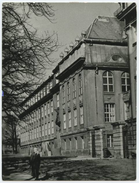 Augusta Victoria Lycée (K. Donelaičio Street 4)