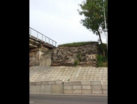 Senojo geležinkelio tilto per Dangės upę likučiai