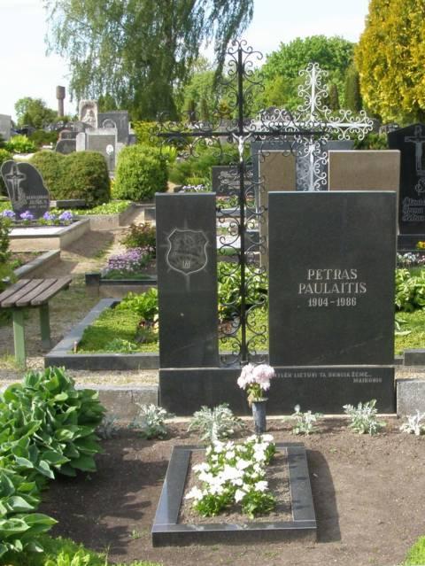 Partizano Petro Paulaičio kapas