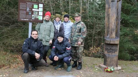 Žemaičių apygardos Kardo rinktinės partizanų Augustino Kieso ir Juozo Zobernio žūties vietos įamžinimas