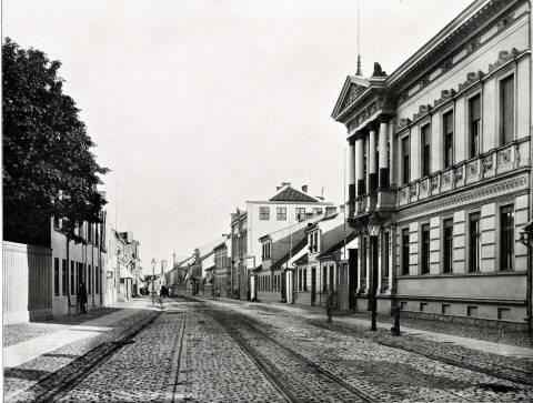 Herkaus Manto gatvė su H. Gerlacho namu (pirmas dešinėje)