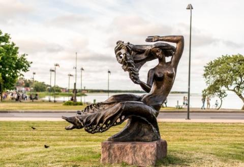 """Dekoratyvinė skulptūra """"Neringa"""""""