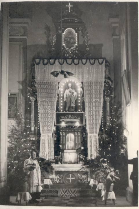 Kulių bažnyčios altorius 1981 m.