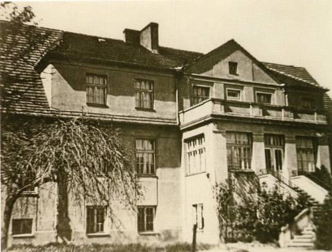 The building of Rumpiškė manor