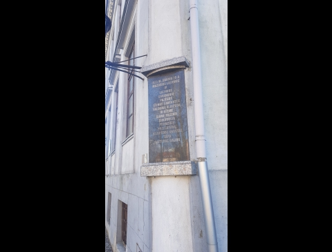 2003 m. ant pastato atidengta atminimo lenta