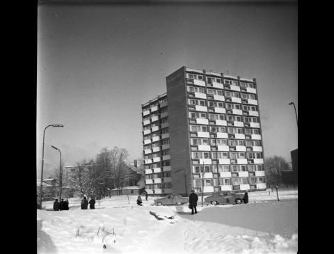 Pirmasis 9 aukštų gyvenamasis pastatas Klaipėdoje
