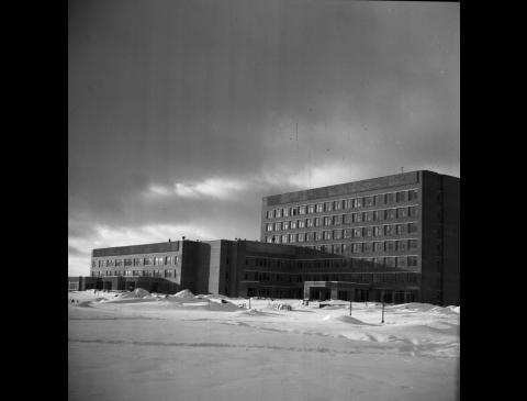 III poliklinikos pastatas