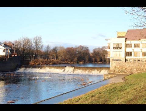 """Der Damm des Flusses """"Jūra"""""""