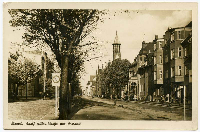 Memel, Adolf Hitler-Strasse mit Postamt