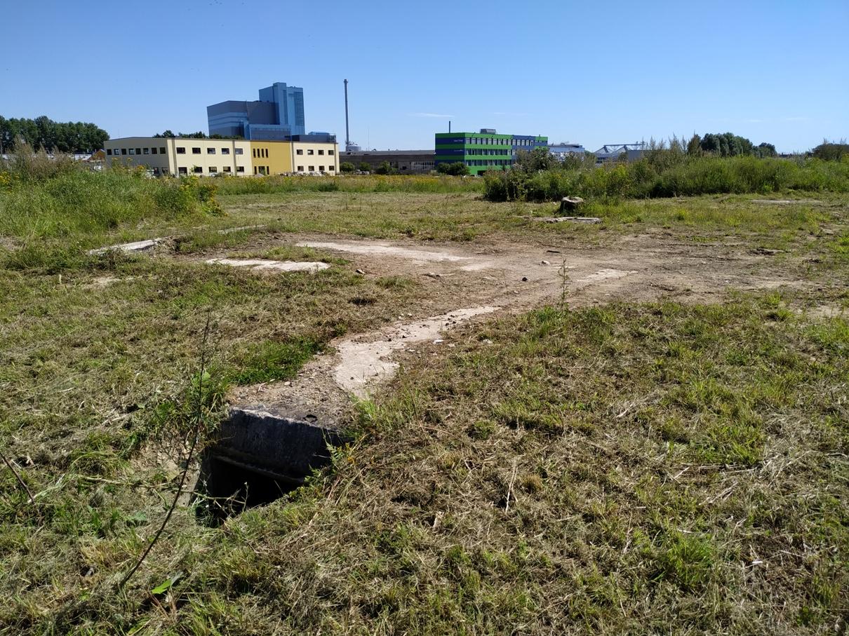 Priešlėktuvinės baterijos vieta Statybininkų prospekte