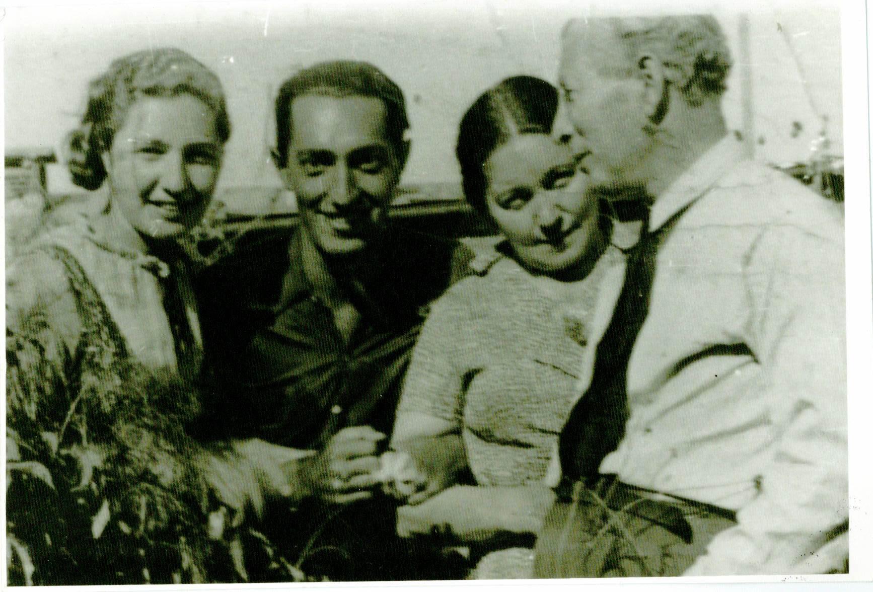 Dr. Borisas Efrosas su šeima