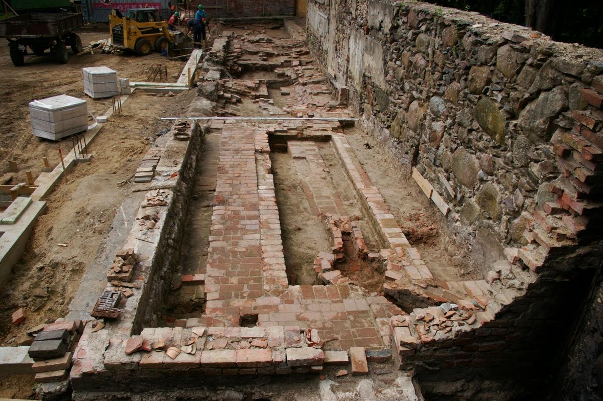Archeologų atkasti oranžerijos pamatai