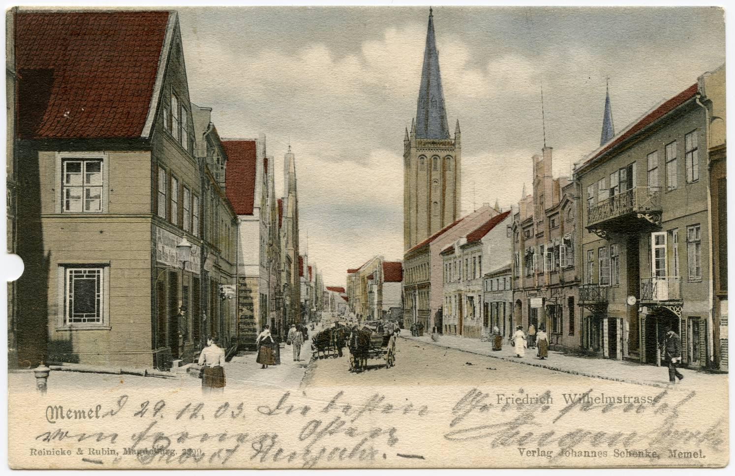 Memel : Friedrich Wilhelmstrasse (dešinėje Reformatų bažnyčia)